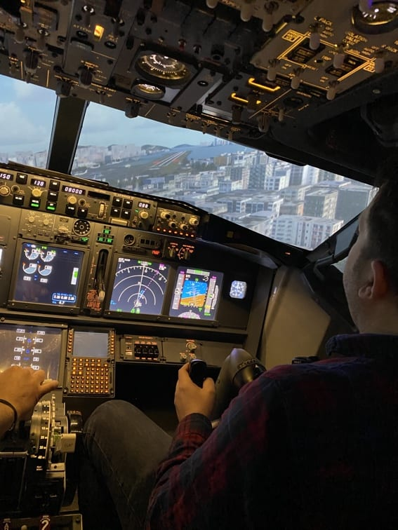 Flight Simulator Experience Hong Kong Landing