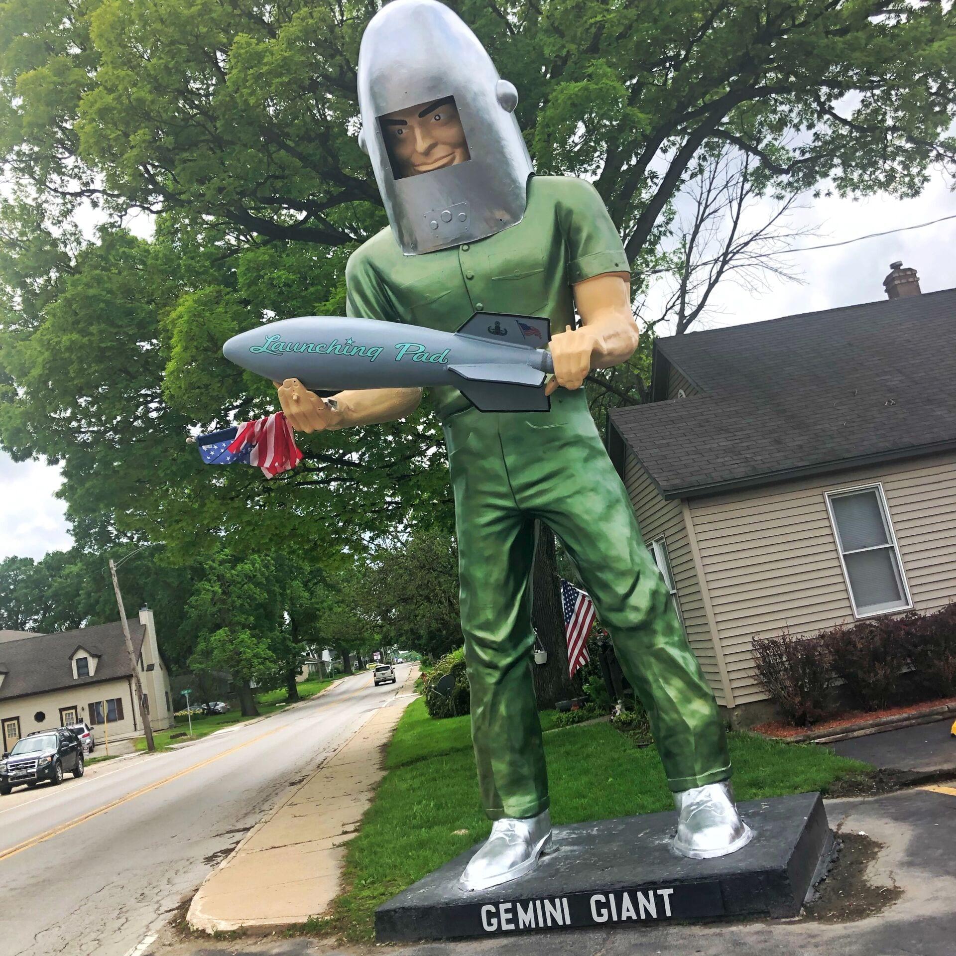 Gemini Giant Route 66 Illinois