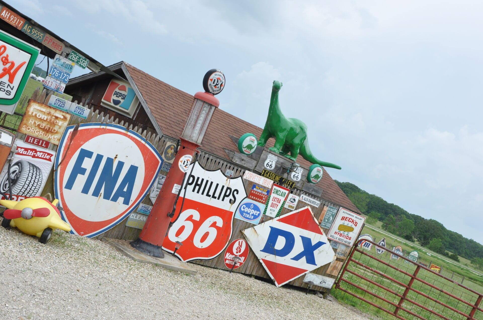 Bobs Gasoline Alley Route 66 Missouri