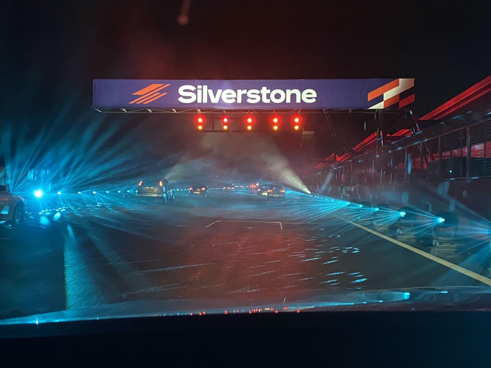 Hamilton Straight Lapland Silverstone
