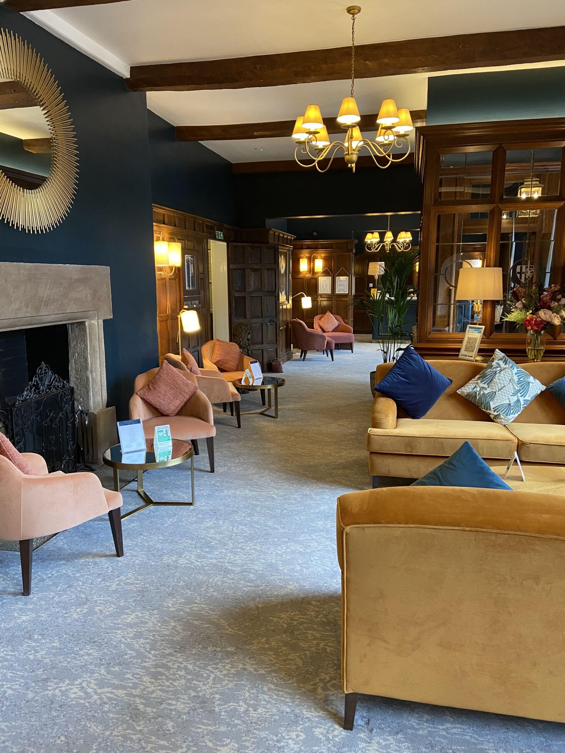 billesley manor Hotel foyer