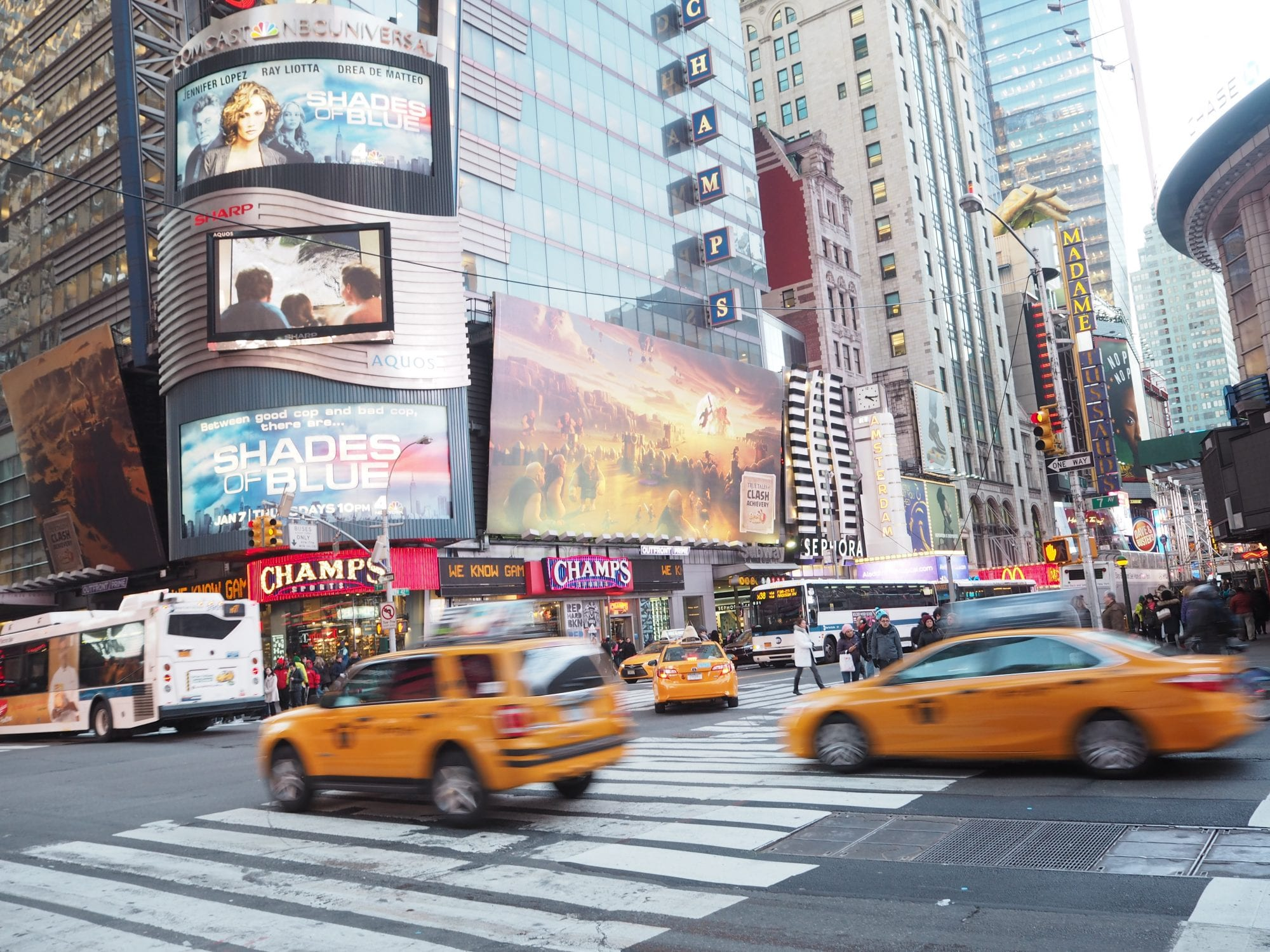 Top 10 things to do in new york on a budget the for Times square new york things to do